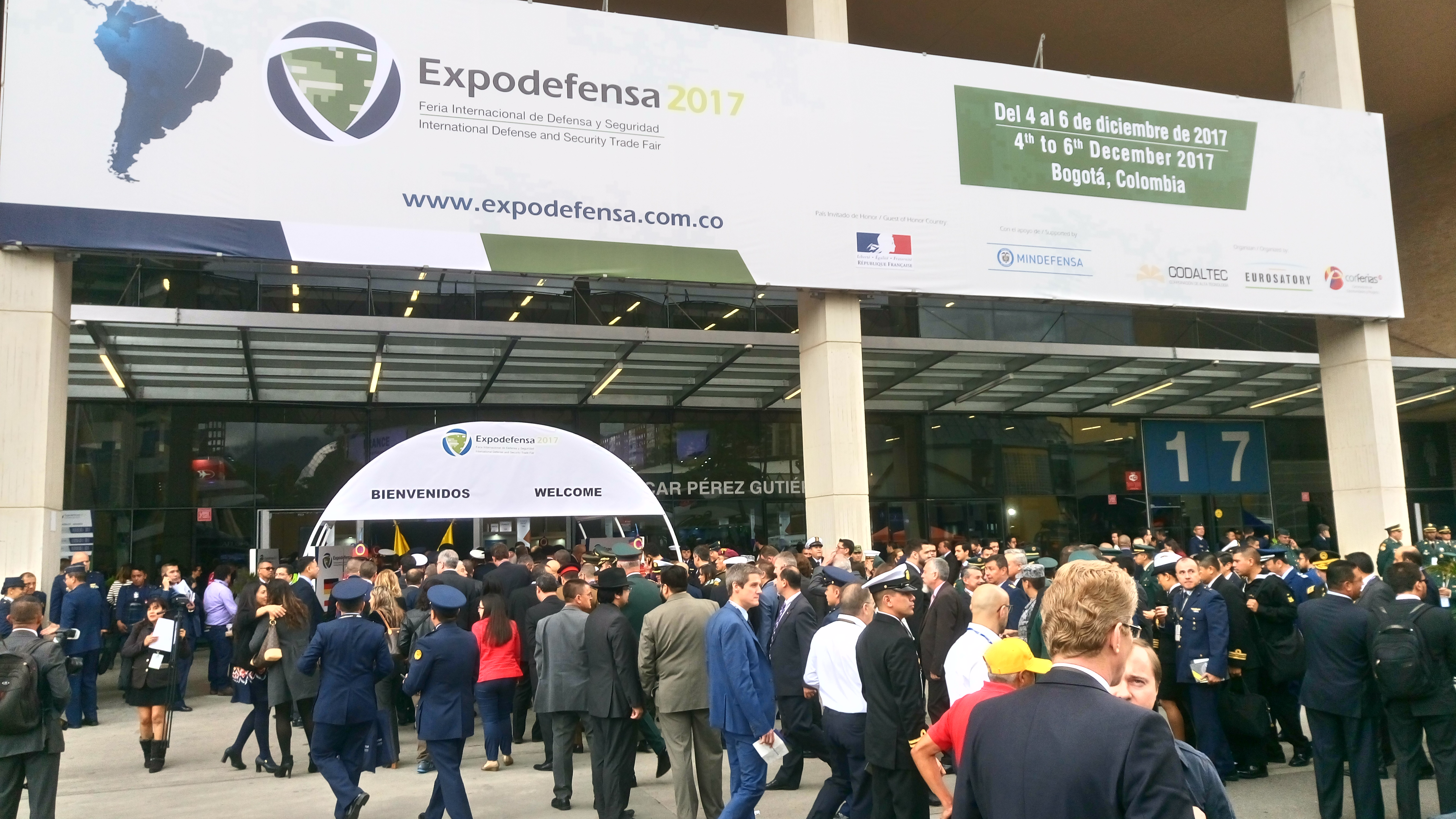 2017 12 04 - Expodefensa 2017 entrance